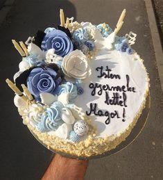 """15 kedvelés, 0 hozzászólás – Bakó Cukrászda (@kicsibako) Instagram-hozzászólása: """"#keresztelő #torta #kisfiú #hétfő"""" Birthday Cake, Desserts, Instagram, Food, Tailgate Desserts, Deserts, Birthday Cakes, Essen, Postres"""