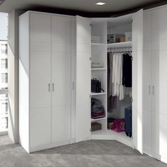New corner wardrobe closet ideas 35 ideas Corner Wardrobe Closet, Walk In Closet Ikea, Wardrobe Design Bedroom, Master Bedroom Closet, Bedroom Wardrobe, Master Bedrooms, Bedroom Corner, Closet Layout, Bedroom Cupboards