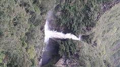 cascada de Chamana en Baños Ecuador