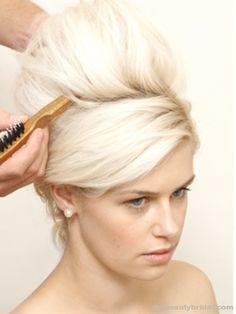 Google Image Result for http://thebeautybridal.com/wp-content/uploads/2010/12/Beautiful-and-simple-Bridal-Hairstyle-Step-3.jpg