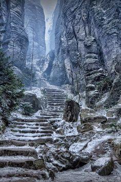 Emperor's Corridor, Prachov Rocks (Path to High Hrothgar), Czech Republic