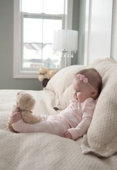 Baby photography 4 months - Baby photography 4 months Informations About Babyfotografie 4 Monate Pin You can easily use my profi - So Cute Baby, Baby Kind, Cute Babies, Cute Baby Pictures, Newborn Pictures, Family Pictures, Baby Girl Photos, Newborn Baby Photography, Children Photography
