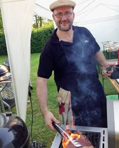 "Max le chef ""in action"" Barbecue Grill, Grilling, Le Chef, Chef Jackets, Action, Group Action, Crickets"