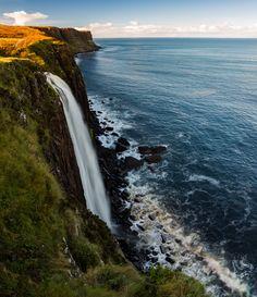 https://flic.kr/p/NhWAfC | Kilt Rock | Kilt Rock on the Isle of Skye in Scotland.