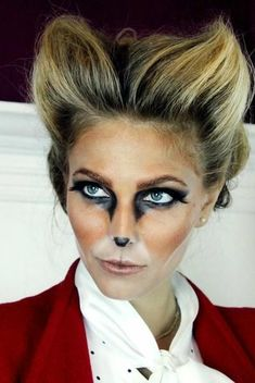 """nspiration about Fox Halloween Makeup Ideas can just read this full article we had created for you. So checkout Cute Fox Halloween Makeup Ideas For You"""" Halloween Makeup Clown, Mascaras Halloween, Masque Halloween, Looks Halloween, Adult Halloween Party, Costume Halloween, Happy Halloween, Halloween Ideas, Halloween Carnival"""
