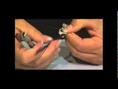 Great video instructing how to wire wrap a stone (I'm pinning this one for my mom...she has a ton of turquoise that she wants to do something with.)