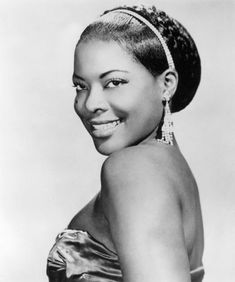 LaVern Baker (November 1929 – March was an American rhythm-and-blues singer. born Delores Evans in Chicago, Illinois. Blue Foundation, Bessie Smith, 50s Music, R&b Soul, Black Celebrities, Vintage Soul, Northern Soul, Rhythm And Blues, Aretha Franklin