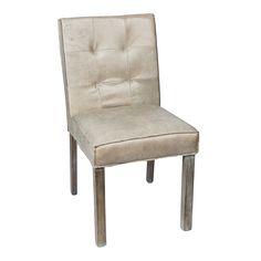 De eetkamerstoelen van PTMD zijn een stijlvolle aanvulling voor je interieur. De crèmekleurige eetkamerstoel heeft een strakke uitstraling, de rugleuning heeft namelijk inkepingen die een uniek detail toevoegen aan het design. #PTMD #leder #stoelcross #eetkamerstoel #wantsandneeds.nl