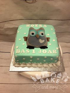 Tiamo owl cake