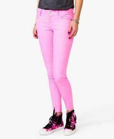Pink skinny jeans <3