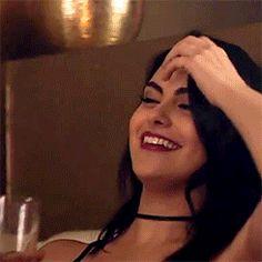 Camilla Mendes as Veronica Lodge Estilo Megan Fox, Camila Mendes Veronica Lodge, Calin Couple, Camila Mendes Riverdale, Riverdale Veronica, Betty & Veronica, Camilla Mendes, Riverdale Aesthetic, Images Disney