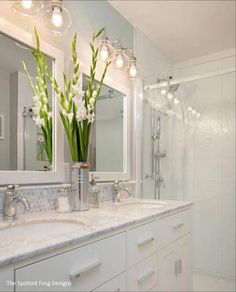 Beautiful master bathroom decor tips. Modern Farmhouse, Rustic Modern, Classic, light and airy bathroom design some tips. Master Bathroom makeover a few tips and master bathroom remodel ideas. White Bathroom, Bathroom Interior, Bathroom Ideas, Bathroom Designs, Boho Bathroom, Bathroom Mirrors, Minimal Bathroom, Bathroom Inspiration, Bath Ideas