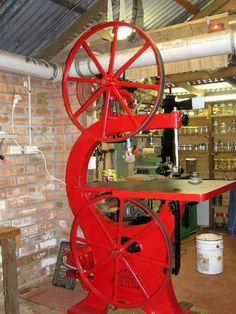 "Photo Index - Crescent Machine Co. - 32"" Cast Legend ""Pat 3 Jan 1905"" | VintageMachinery.org"