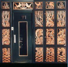 Grille d'ascenseur décorée par Armand Albert Rateau © Patrimoine Lanvin. #Lanvin125