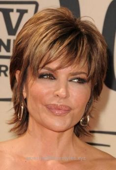 Insane Love Short hairstyles for mature women? wanna give your hair a new look? Short hairstyles for mature women is a good choice for you. Here you will find some super sexy Short hairstyles f ..