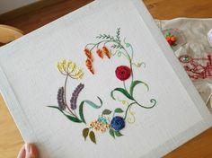 Della's Handcraft  서울 송파구 잠실동 자수작업실 /프랑스자수, 하덴거  클래스 /꽃 피는 정원의 입체자수