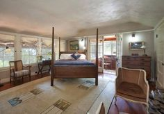 Rug - Sheryl Crow's Guest House - Treehouse Living