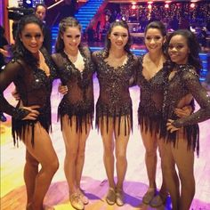 What lucky young ladies Team Usa Gymnastics, Artistic Gymnastics, Olympic Gymnastics, Olympic Badminton, Olympic Games Sports, Olympic Team, Fierce 5, Michael Phelps Olympics, Jordyn Wieber
