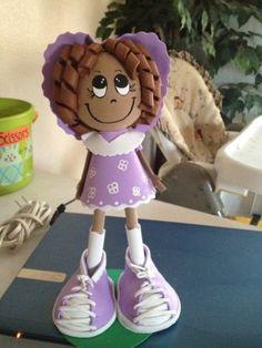 Craft Foam 3D Dolls is big in the crafts world #fofuchas #arts