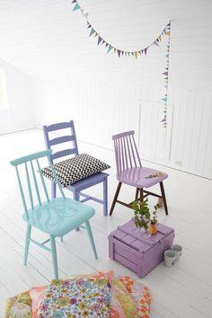 Pastelowa Kropka - Piękne siedzenia ;) czyli moja miłość do kolorowych krzeseł