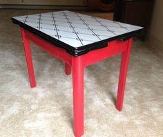 VINTAGE MID-CENTURY EXPANDABLE ENAMEL TOP RETRO KITCHEN TABLE ORIGINAL