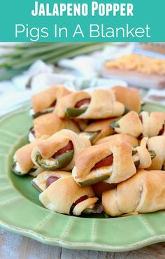 Yummy Appetizers, Appetizers For Party, Appetizer Recipes, Party Snacks, Dinner Parties, Pigs In A Blanket, Fun Easy Recipes, Easy Meals, Cheesy Recipes