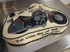 harley davidson motorcycle cake - nice work!