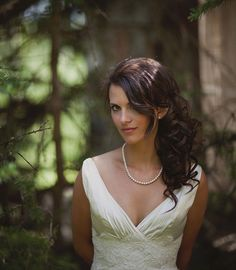 Not a huge fan of side hair but I love this! So pretty! Budget Wedding, Wedding Tips, Dream Wedding, Wedding Day, Perfect Wedding, Wedding Venues, August Wedding, Wedding Bells, Wedding Stuff