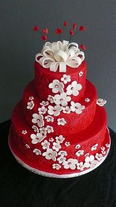 # rot mit weißen Blüten #