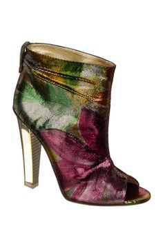 Jimmy Choo aubergine green and gold peep toe ankle bootie Christian Louboutin, Me Too Shoes, Pretty Shoes, Beautiful Shoes, Bootie Boots, Shoe Boots, Ankle Bootie, Prada, Slippers