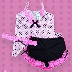 Pijamas Carezza® (@pijamas.carezza) • Fotos y vídeos de Instagram Babydoll Lingerie, Lingerie Sleepwear, Nightwear, Sexy Lingerie, Girls Pajamas, Pajamas Women, Sewing Shorts, Cute Pjs, Satin Pajamas