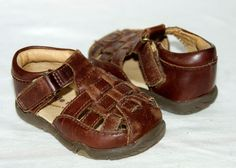 Stride Rite Reid Boys Brown Leather Fisherman Sandals Shoes Velcro Sz 4 W Wide #StrideRite #Sandals