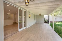 5911 Glade Ave, Woodland Hills, CA 91367 | MLS #216012238 - Zillow