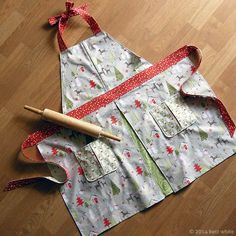 0e1eefb6a48ea8 Make and Bake Apron by Betz White Christmas Aprons