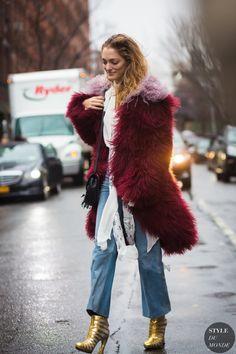 Sofia-Sanchez-de-Betak-by-STYLEDUMONDE-Street-Style-Fashion-Photography0E2A3873-700x1050