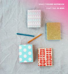 Make It DIY Folded Notebook // OH. My. Gosh. This make your own folded notebook tutorial is SO easy and I have a TON of scrapbook paper and such just sitting in piles... I think I know what I'm doing this weekend! :D No need to buy a zillion little notebooks for college!