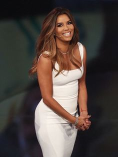 Just a little bling: Keeping with the understated theme, the actress wore a simple but no doubt pricey diamond necklace and a matching bracelets Eva Longoria Hair, Eva Longoria Style, Famous Women, Balayage Hair, New Hair, Hair Inspiration, Beautiful People, Celebrity Style, Hair Color