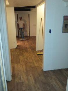Trafficmaster Dark Walnut 6 In X 36 In Luxury Vinyl Plank Flooring 24 Sq Ft Case