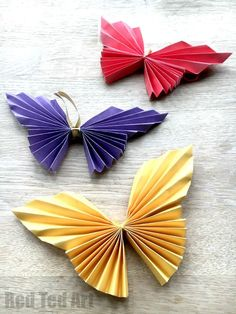 Red Ted Art's How to make a paper butterfly Kids Crafts, Easy Arts And Crafts, Paper Crafts For Kids, Crafts For Kids To Make, Crafts For Teens, Wood Crafts, Summer Crafts, Origami Butterfly Easy, Paper Butterfly Crafts