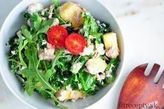 Kelový šalát s ananásom, tuniakom a rukolou - FitRecepty