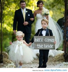 http://www.apnatalks.com/here-comes-the-bride-cute-moments/