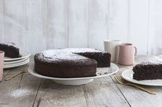 Gluten free chocolate mud cake -Rich, silky gluten free mudcake, made with a whole block of gorgeous dark chocolate. Easy to make, even easier to devour. Gluten Free Chocolate Cake, Chocolate Mud Cake, Chocolate Sweets, Chocolate Cube, Almond Recipes, Baking Recipes, Cake Recipes, Dessert Recipes, Xmas Desserts
