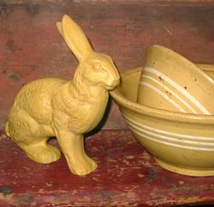 yellowware molds | Primitive Large Yelloware Rabbit with Beautiful Color of A Yellow Ware ... Stoneware Crocks, Antique Stoneware, Stoneware Clay, Earthenware, Glazes For Pottery, Pottery Bowls, Primitive Furniture, Primitive Decor, Face Jugs