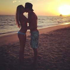Beach day #sunset #kissing #boyfriend #usopen #couples