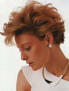 Very Short Spiky Haircut With Light Curls And Waves Top Hairstyles, Feathered Hairstyles, Short Hairstyles For Women, Braided Hairstyles, 80s Haircuts, Pixie Haircuts, 1980s Hair, Light Curls, Girls Braids