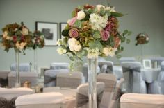 Dusty pink table centres