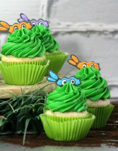 Have a child that loves Ninja Turtles? Check out our Ninja Turtle Cupcakes here!