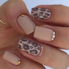 Leopard printed nails - Cougar design