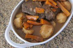How to Make a Home-Style Crockpot Pot Roast
