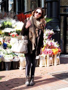 via Dublin Streets Dublin Street Style, Street Style Blog, Ireland Fashion, Irish Fashion, Autumn Winter Fashion, Winter Style, Types Of Fashion Styles, Dress Up, Style Inspiration